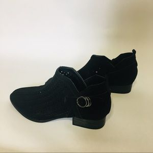2/$20 Cato ankle boot cutout black design w buckle